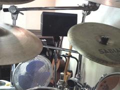 ドラム周辺